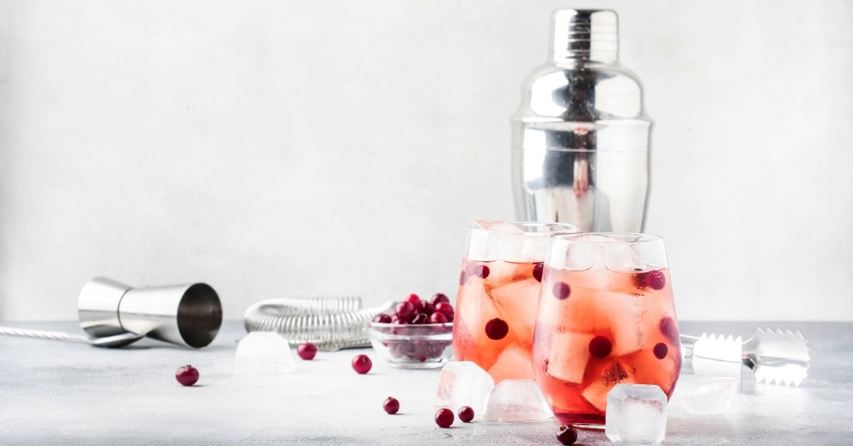 alcohol menstrual cycle